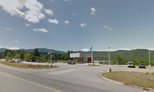 nh US route 302 new hampshire us302 north conway rest area entrance exit