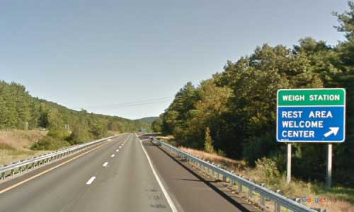 nh interstate 89 new hampshire i89 Lebanon welcome center mile marker 57 northbound off ramp exit