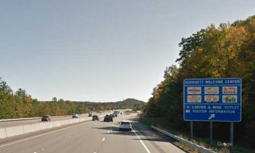 nh interstate 93 new hampshire i93 hooksett service plaza mile marker 31 southbound off ramp exit